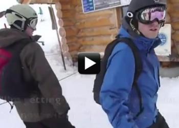 mladík na snowboardu vtipné video